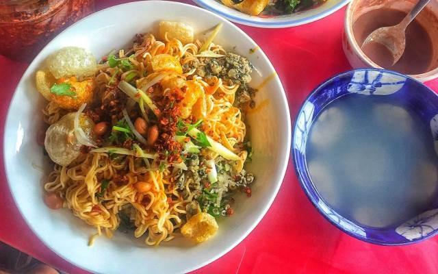 Chưa biết tìm ăn cơm hến Đà Nẵng ở đâu thì đây là list địa chỉ nên ghé dành cho bạn - Ảnh 9.