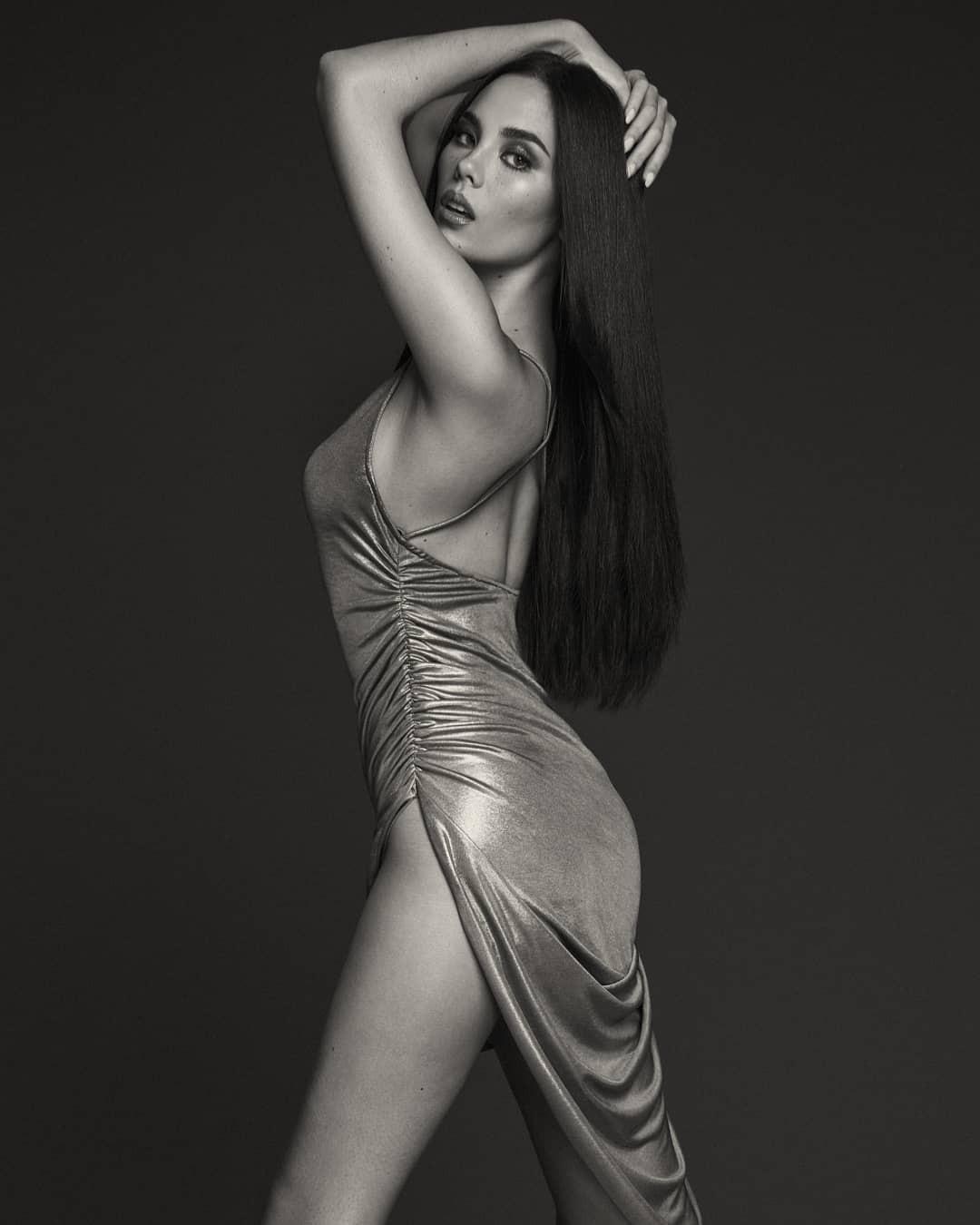 Nhan sắc lai đẹp rực rỡ của Tân Hoa hậu Hoàn vũ 2018 và loạt thành tích khủng trên hành trình đoạt vương miện thứ 3! - Ảnh 23.