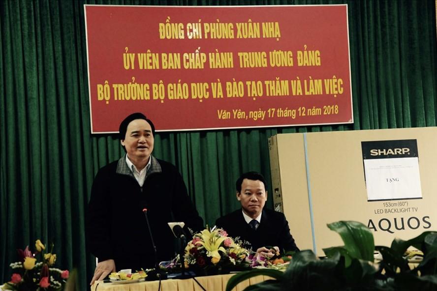 Bộ trưởng GDĐT đau lòng trước vụ xâm hại tình dục học sinh ở Phú Thọ - Ảnh 1.