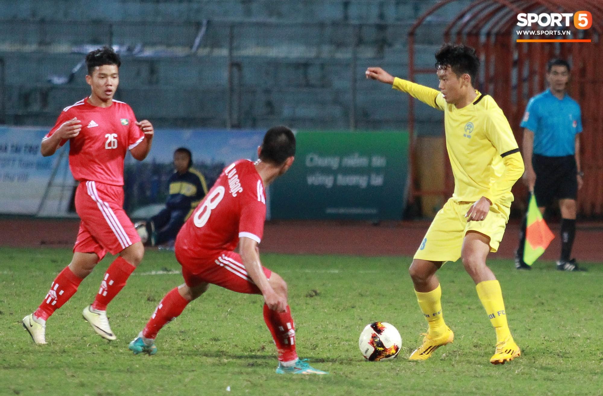 Điểm mặt những nhân tố có thể thay thế Đình Trọng tại Asian Cup 2019 - Ảnh 2.