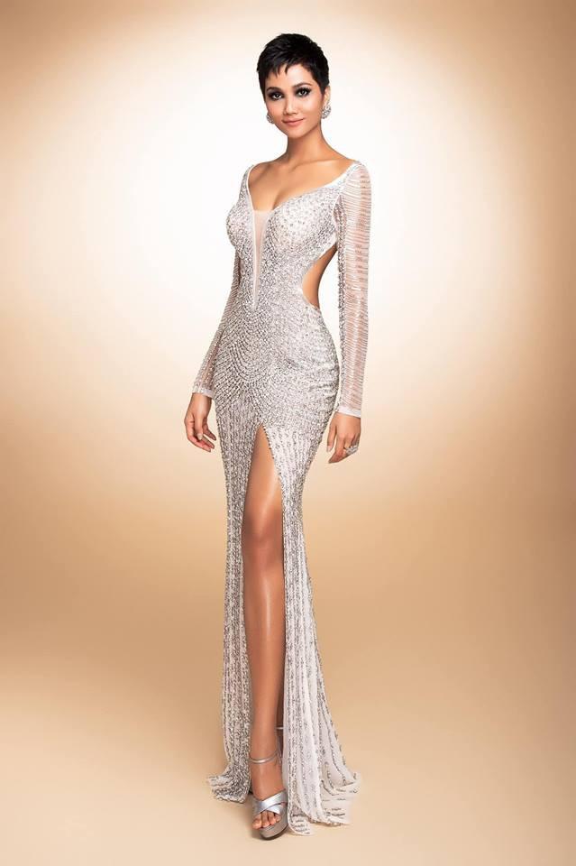 Cận cảnh chiếc váy HHen Niê mặc khi lọt top 5 Miss Universe 2018: đính 3000 viên đá quý, mất hơn 1 tháng để thực hiện - Ảnh 5.