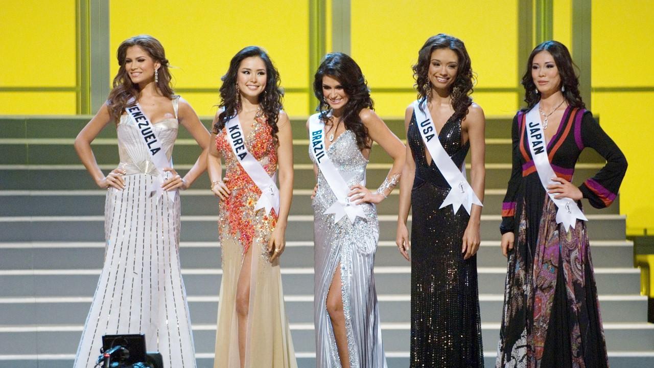 Không chỉ HHen Niê, nhiều thí sinh Miss Universe cũng gặp khó về ngôn ngữ: Người vẫn đăng quang, kẻ tiếc nuối vụt mất vương miện - Ảnh 1.