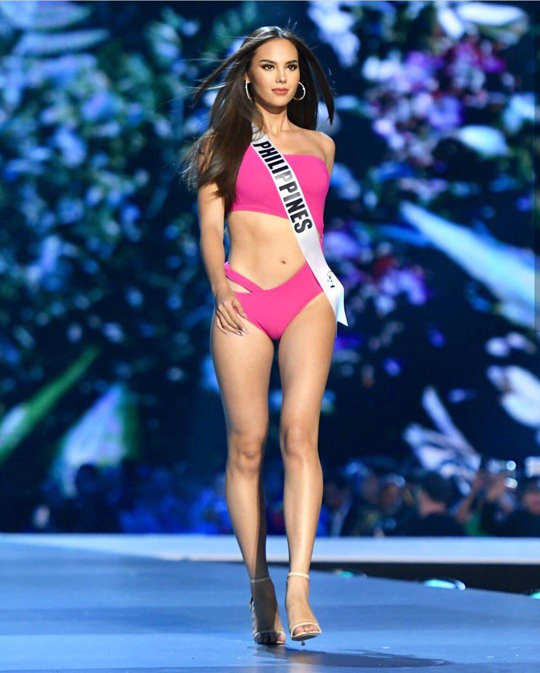 Nhan sắc lai đẹp rực rỡ của Tân Hoa hậu Hoàn vũ 2018 và loạt thành tích khủng trên hành trình đoạt vương miện thứ 3! - Ảnh 6.