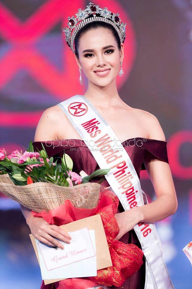Nhan sắc lai đẹp rực rỡ của Tân Hoa hậu Hoàn vũ 2018 và loạt thành tích khủng trên hành trình đoạt vương miện thứ 3! - Ảnh 8.