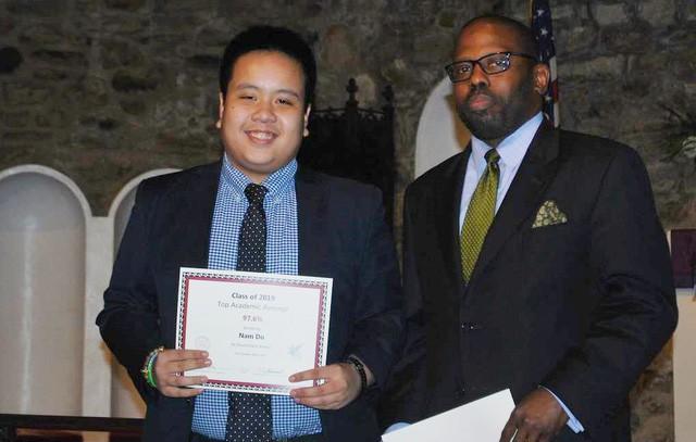"""""""Thần đồng"""" Đỗ Nhật Nam được tuyển sinh sớm vào ĐH danh tiếng Mỹ với học bổng khủng 1,7 tỷ VNĐ/năm - Ảnh 1."""