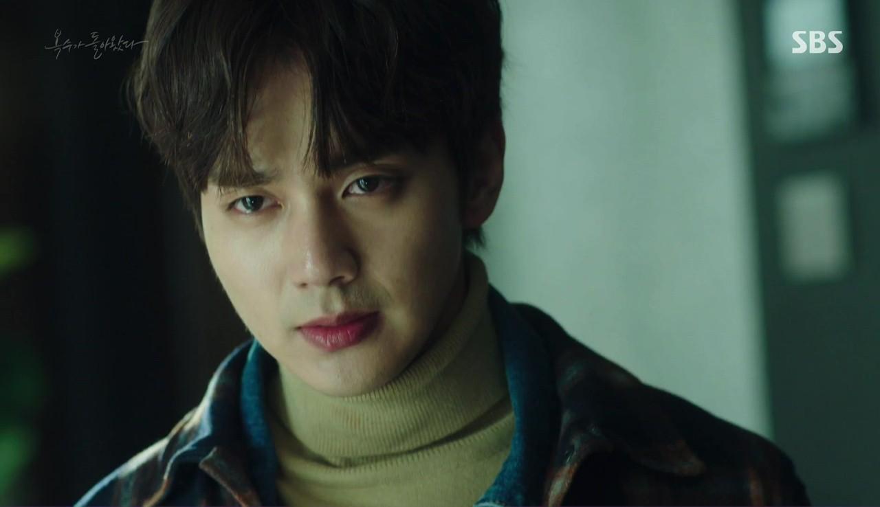 """4 điểm quyến rũ"""" mê mệt hội chị em của người hùng bình dân Yoo Seung Ho  - Ảnh 5."""