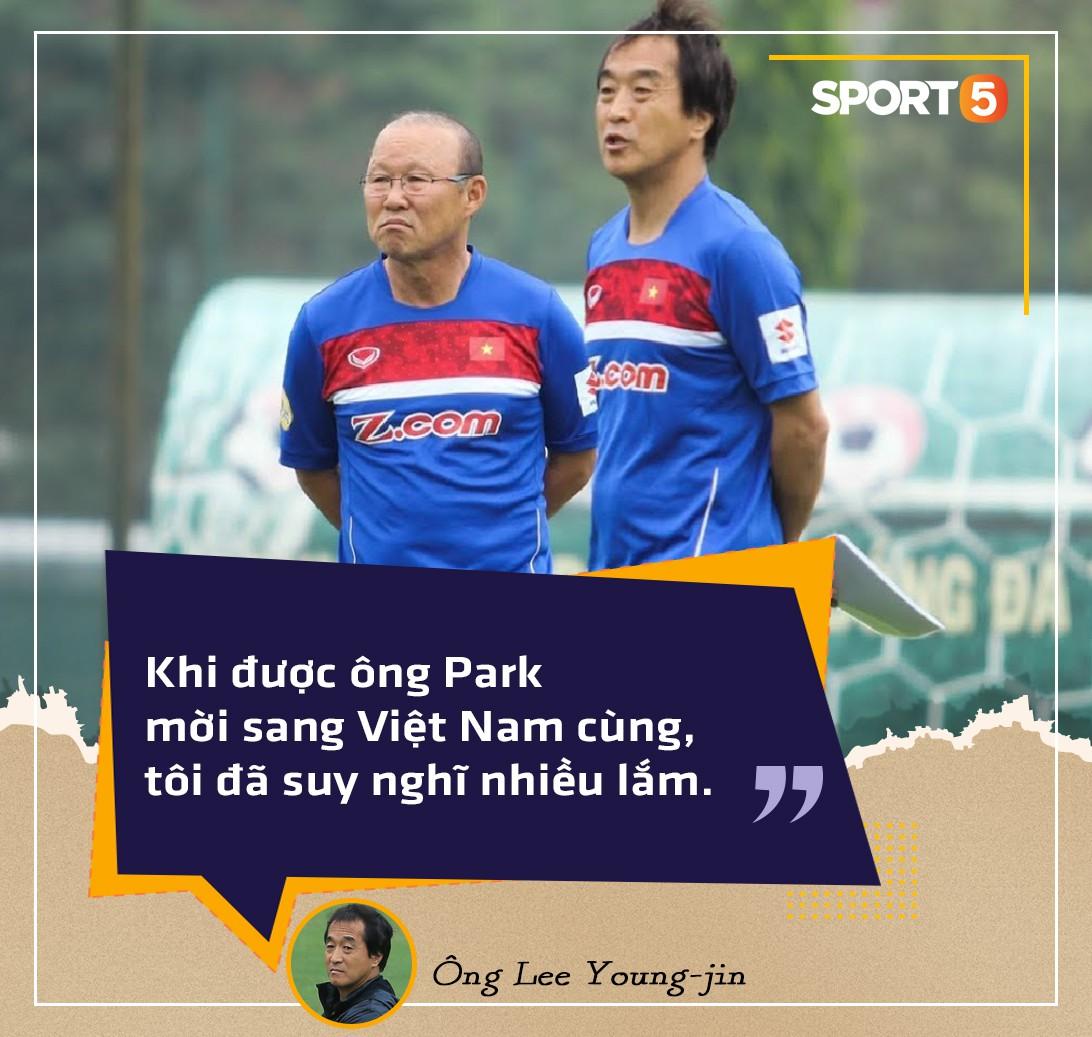 Người hùng thầm lặng của đội tuyển Việt Nam tại AFF Cup 2018: Tôi chấp nhận đánh cược sự nghiệp để sang Việt Nam làm việc - Ảnh 3.