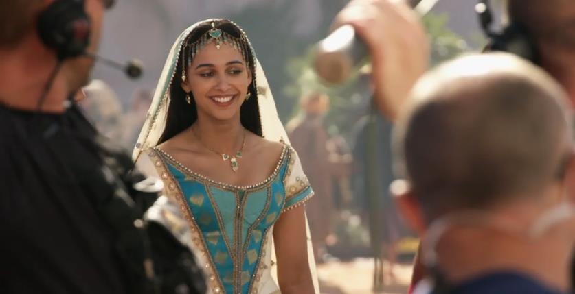 """Mê mẩn trước vẻ cuốn hút của nàng công chúa Jasmine vừa lộ diện trong """"Aladdin"""" bản người đóng - Ảnh 4."""