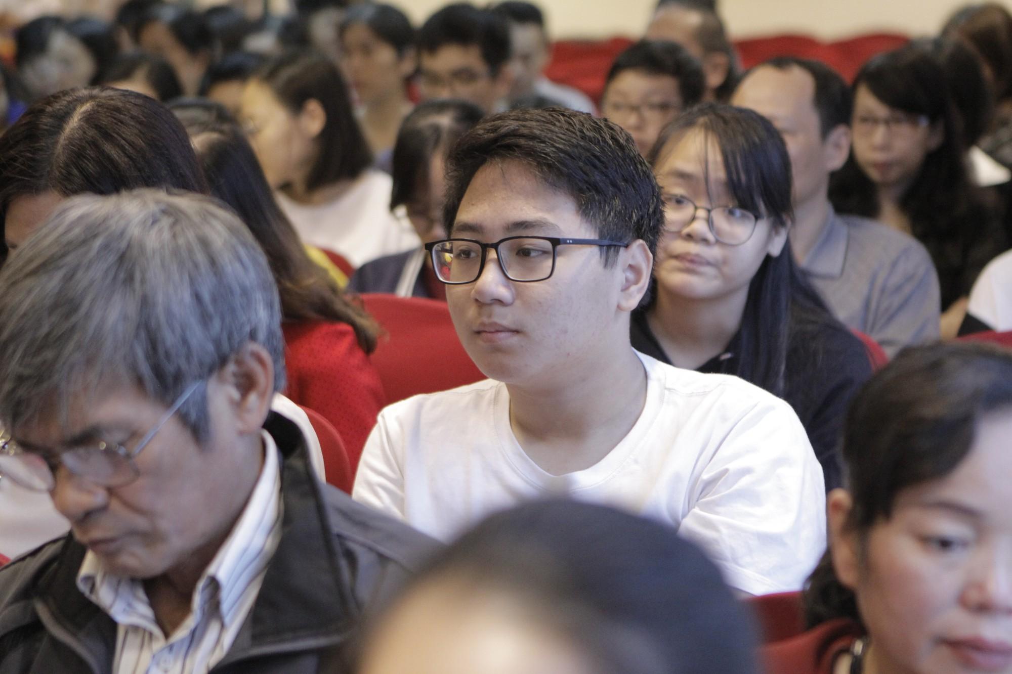 Kỳ thi tuyển sinh lớp 10 tại Hà Nội năm 2019 được đánh giá khó hơn thi Đại học do nhiều thay đổi: Học sao cho đúng? - Ảnh 4.