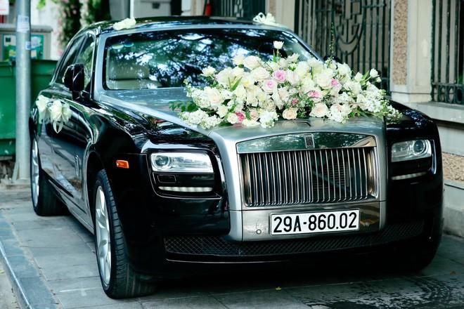 Chú rể đại gia, hơn 16 tuổi dùng xe sang 30 tỷ đón Á hậu Thanh Tú về dinh - Ảnh 3.