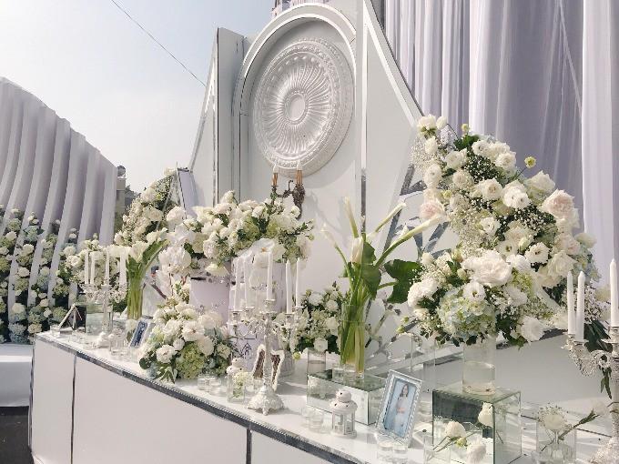 Siêu đám cưới ở Thái Nguyên trang trí hết 4 tỷ đồng với hơn 13.000 bông hoa tươi nhập khẩu thu hút nghìn người tới chụp ảnh - Ảnh 6.