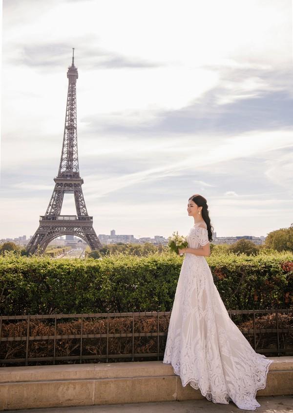 Trọn bộ ảnh cưới tại Pháp của Á hậu Thanh Tú và ông xã doanh nhân trước giờ G hôn lễ - Ảnh 4.