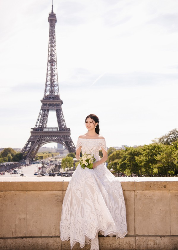Trọn bộ ảnh cưới tại Pháp của Á hậu Thanh Tú và ông xã doanh nhân trước giờ G hôn lễ - Ảnh 5.