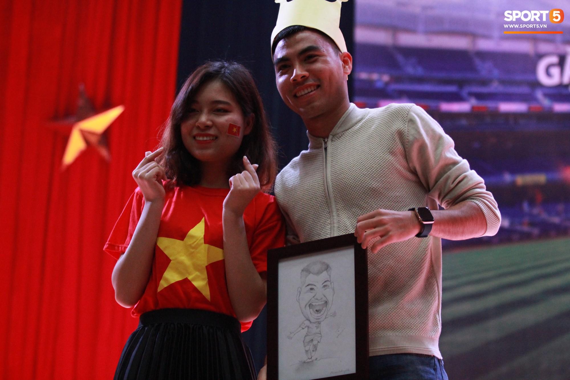 Nhà vô địch Phạm Đức Huy truyền cảm hứng cho sinh viên Học viện Công nghệ Bưu chính Viễn thông - Ảnh 6.