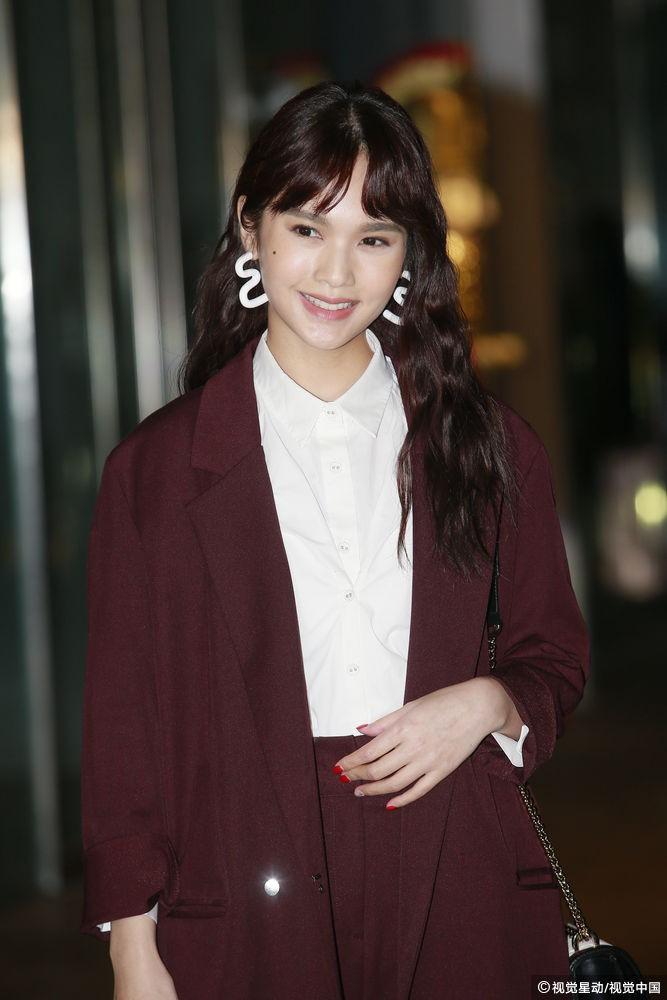 Đám cưới hoành tráng của Chung Hân Đồng: Ông trùm showbiz Hong Kong, con gái tài phiệt Macau cùng dàn sao hạng A tề tựu đông đủ - Ảnh 27.