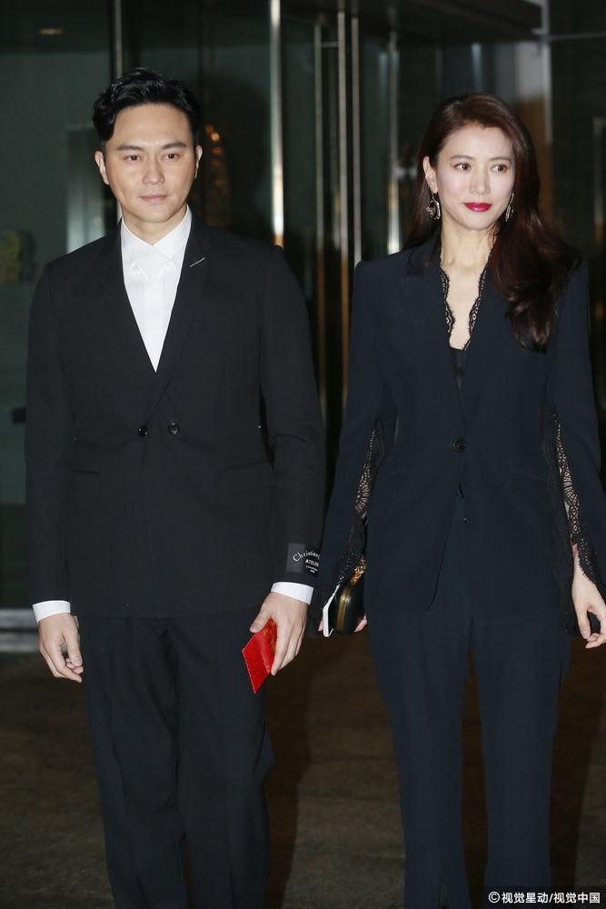 Đám cưới hoành tráng của Chung Hân Đồng: Ông trùm showbiz Hong Kong, con gái tài phiệt Macau cùng dàn sao hạng A tề tựu đông đủ - Ảnh 21.