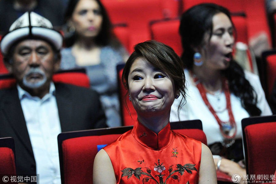 Top khoảnh khắc kém sắc gây sốc của dàn đại mỹ nhân năm 2018: Park Min Young, Nhiệt Ba phải chào thua mỹ nhân này? - Ảnh 20.