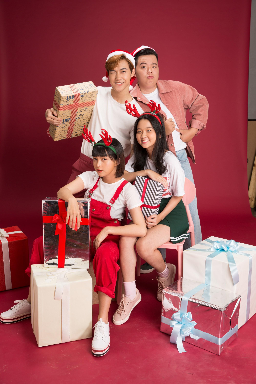 Thanh Mỹ và bạn diễn JSol trong Tình Đầu Thơ Ngây nhắng nhít ở bộ ảnh đón Giáng Sinh bên nhau - Ảnh 3.