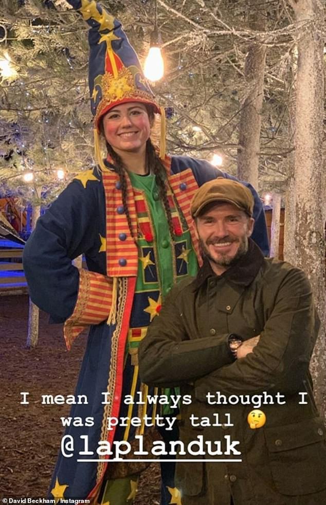 Đi chơi Giáng sinh cùng cả nhà, Harper Beckham háo hức cực dễ thương khi gặp ông già Noel - Ảnh 10.