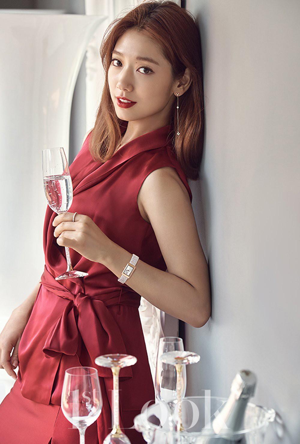 Top 30 diễn viên hot nhất: Park Bo Gum bị chê vẫn vượt mặt chị Song và Hyun Bin, vị trí Park Shin Hye mới bất ngờ - Ảnh 4.