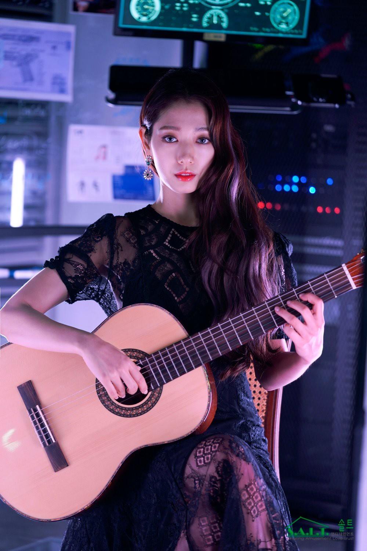 Trở lại với nhan sắc đỉnh cao, Park Shin Hye gây sốt vì đẹp như nữ thần bước ra từ truyện thần thoại ở hậu trường - Ảnh 3.