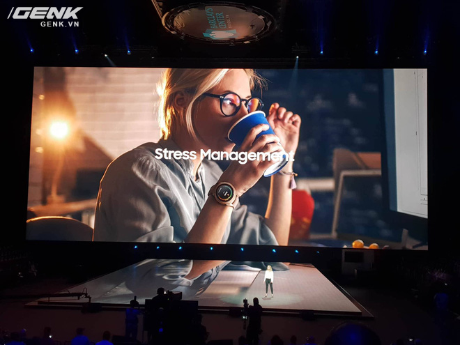 Samsung Galaxy Watch chính thức ra mắt tại Việt Nam, giá từ 7 triệu đồng - Ảnh 2.