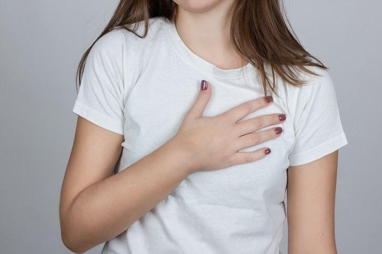 Đây là những triệu chứng cảnh báo bạn đang mặc áo ngực sai kích cỡ - Ảnh 4.