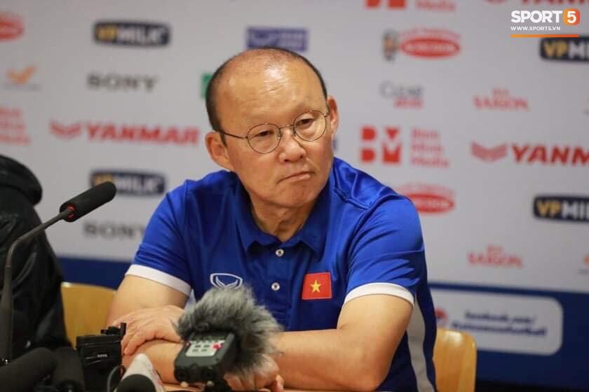 Ở trận giao hữu trên sân Mỹ Đình, HLV Park Hang-seo và HLV Kim Yong-jun đều có những tính toán nhân sự riêng để hướng tới Asian Cup 2019.