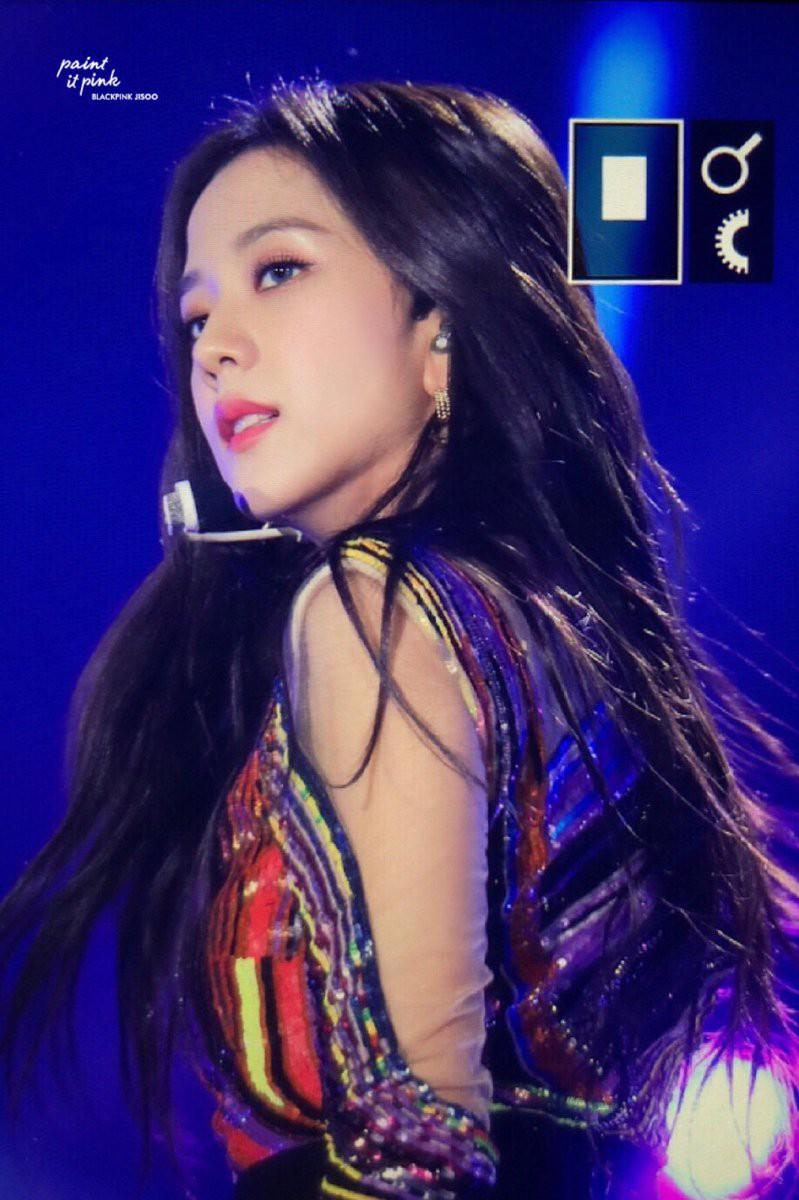 Quên Jennie đi, màn lột xác nóng hừng hực của 2 nữ thần đẹp nhất SM, YG mới là điều đang khiến dân tình điên đảo - Ảnh 10.