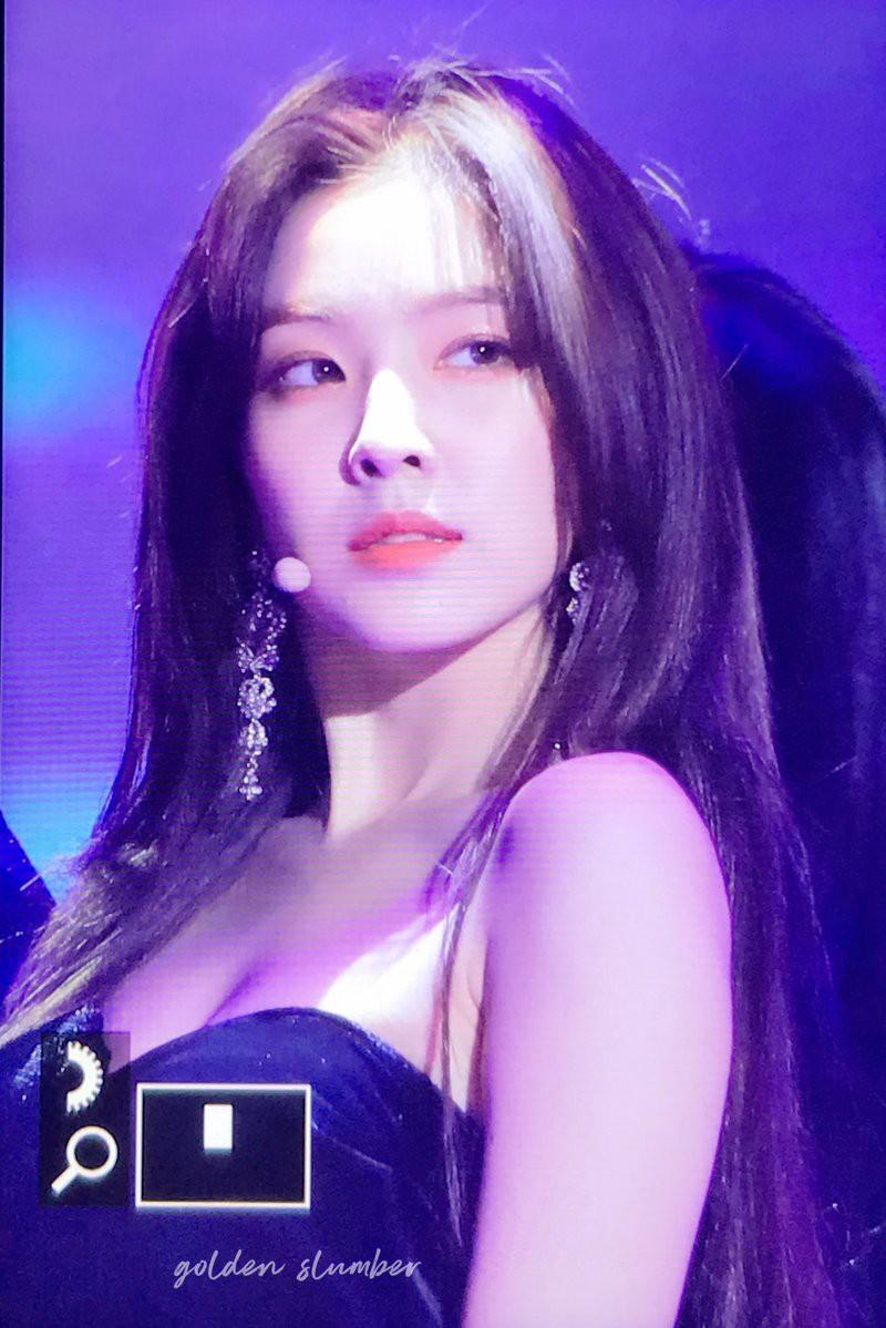 Quên Jennie đi, màn lột xác nóng hừng hực của 2 nữ thần đẹp nhất SM, YG mới là điều đang khiến dân tình điên đảo - Ảnh 4.