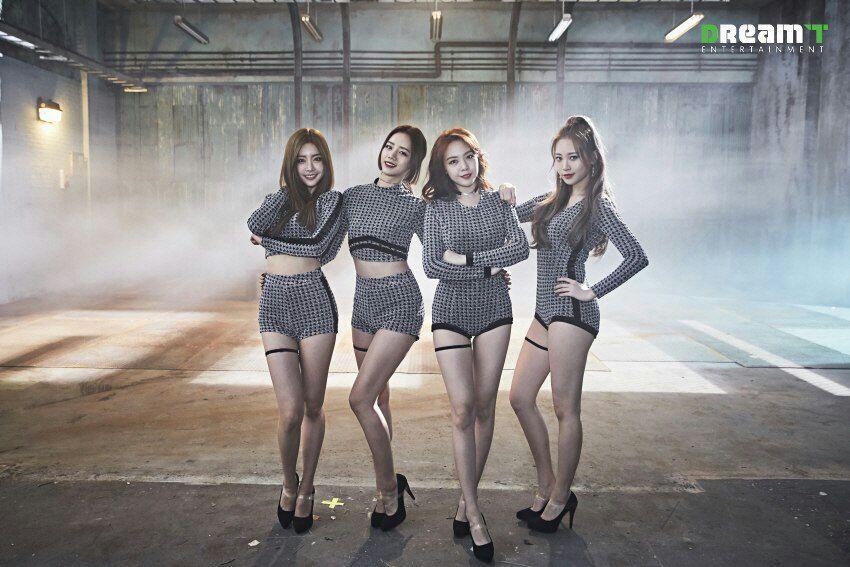 6 nhóm nhạc Kpop có nguy cơ tan rã vào năm 2019: Toàn nhân tố gây sốt, bất ngờ nhất là gà cưng nhà SM - Ảnh 5.