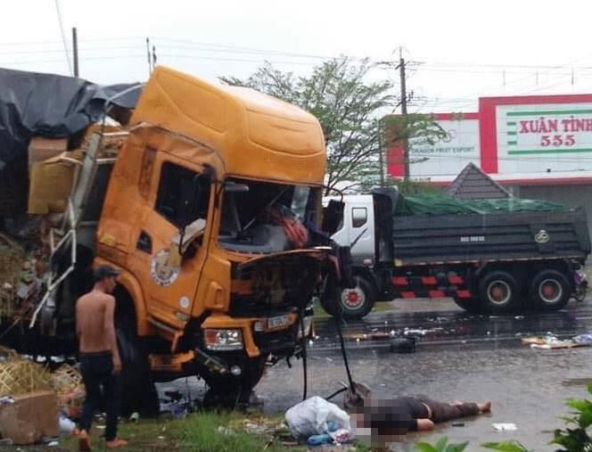 Bình Thuận: Xe tải và xe container đâm nhau gây tai nạn liên hoàn trên Quốc lộ, 2 người chết, nhiều người bị thương - Ảnh 1.