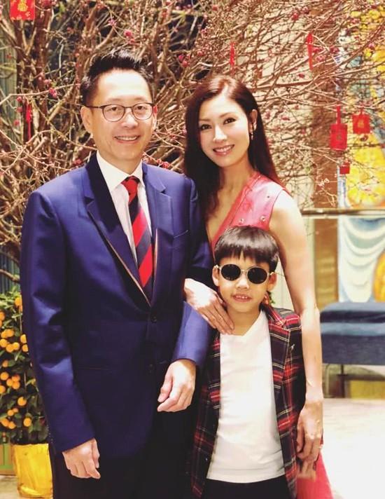 Vì sao Hoa hậu Hong Kong Lý Gia Hân và đại gia không được hưởng 1 đồng nào từ tài sản trăm ngàn tỷ của bố chồng? - Ảnh 15.