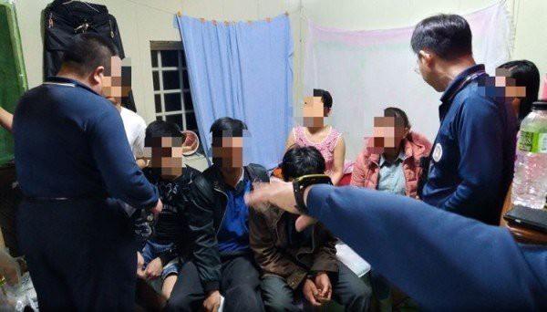 14 du khách Việt Nam đã bị bắt giữ tại Đài Loan, trong đó có 4 phụ nữ tự đến trình diện vì quá sợ hãi - Ảnh 9.