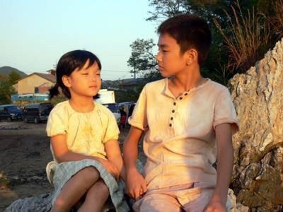 Netizen Hàn bồi hồi trước loạt ảnh đầy hoài niệm của anh em Yoo Seung Ho và Kim Yoo Jung từ 10 năm trước - Ảnh 4.