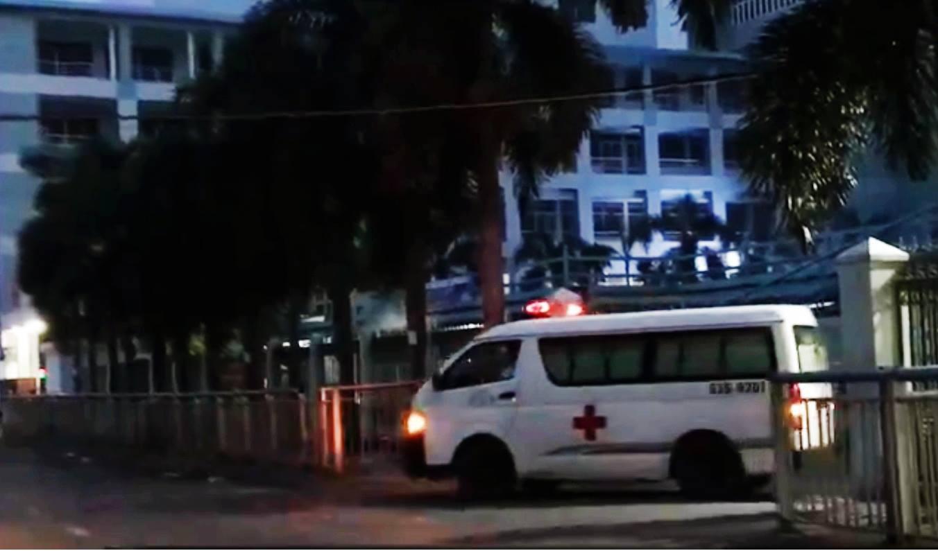 Cô gái 25 tuổi tử vong khi rơi từ tầng cao ký túc xá trường ĐH Công Nghiệp TP.HCM - Ảnh 1.