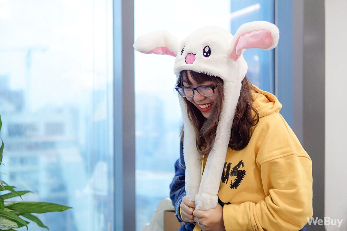 Mũ tai thỏ được các thần tượng Kpop ưa thích hóa ra được bán đầy ở Việt Nam, trông đáng yêu thật sự - Ảnh 9.
