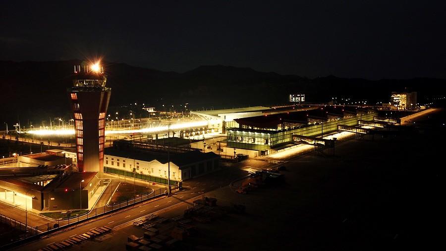 Chùm ảnh: Cận cảnh sân bay hiện đại nhất Việt Nam trị giá gần 8.000 tỷ đồng trước giờ khánh thành - Ảnh 17.