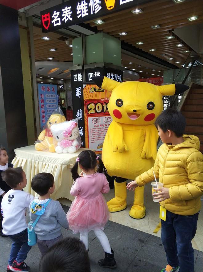 [Vui] Tổng hợp những màn cosplay Pikachu thất bại trên khắp thế giới - Ảnh 9.