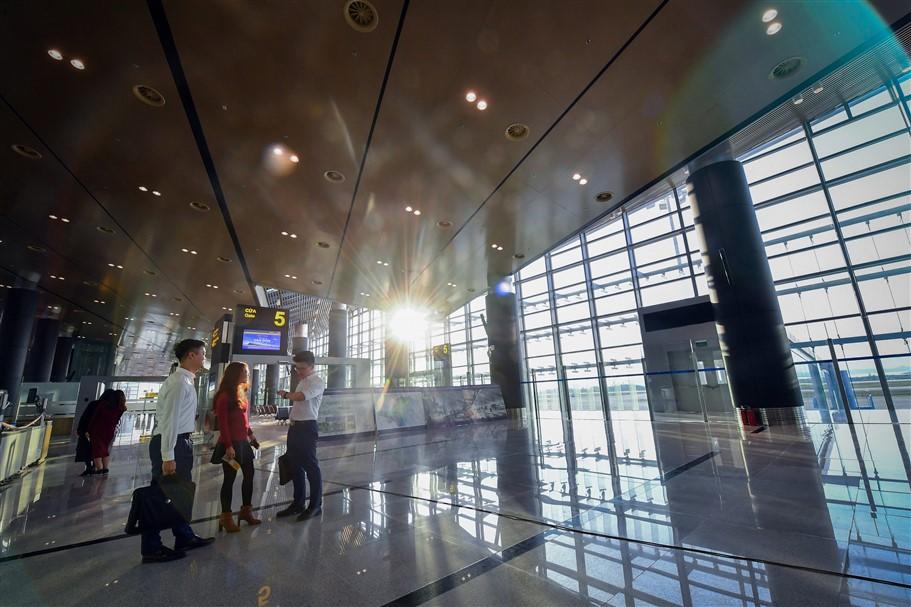 Chùm ảnh: Cận cảnh sân bay hiện đại nhất Việt Nam trị giá gần 8.000 tỷ đồng trước giờ khánh thành - Ảnh 4.