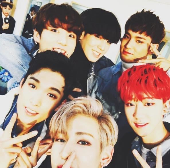 Lý do chị em mất máu tại KBS Song Festival: Hội bạn thân sinh năm 1997 toàn mỹ nam BTS, Seventeen, GOT7 selfie - Ảnh 1.