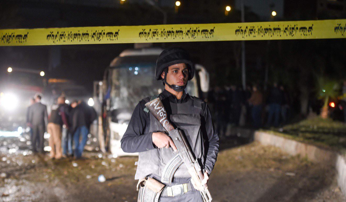 Xe chở du khách Việt Nam bị đánh bom tại Ai Cập khiến 4 người chết, hơn 10 người bị thương - Ảnh 6.