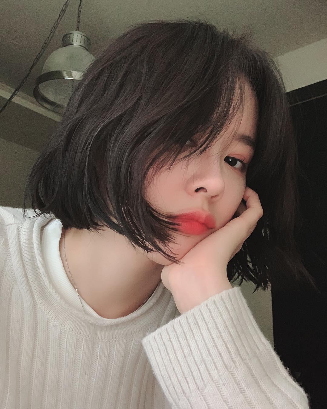 5 cách làm dày tóc cho cô nàng tóc mỏng, tóc dễ xẹp - Ảnh 2.