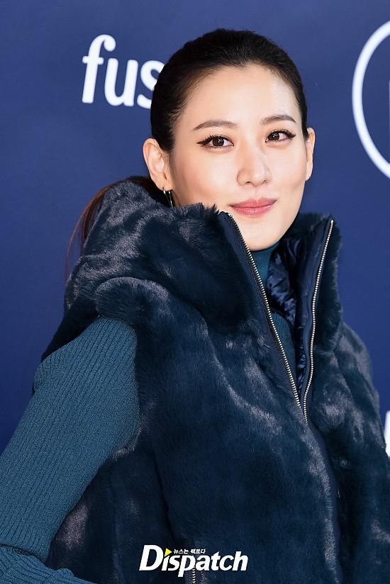 Yoona và mỹ nhân Hàn của tiền truyện Harry Potter đọ sắc: Người chân gầy nhô xương, kẻ ăn mặc thảm họa - Ảnh 8.