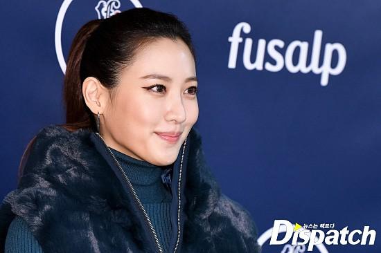Yoona và mỹ nhân Hàn của tiền truyện Harry Potter đọ sắc: Người chân gầy nhô xương, kẻ ăn mặc thảm họa - Ảnh 10.