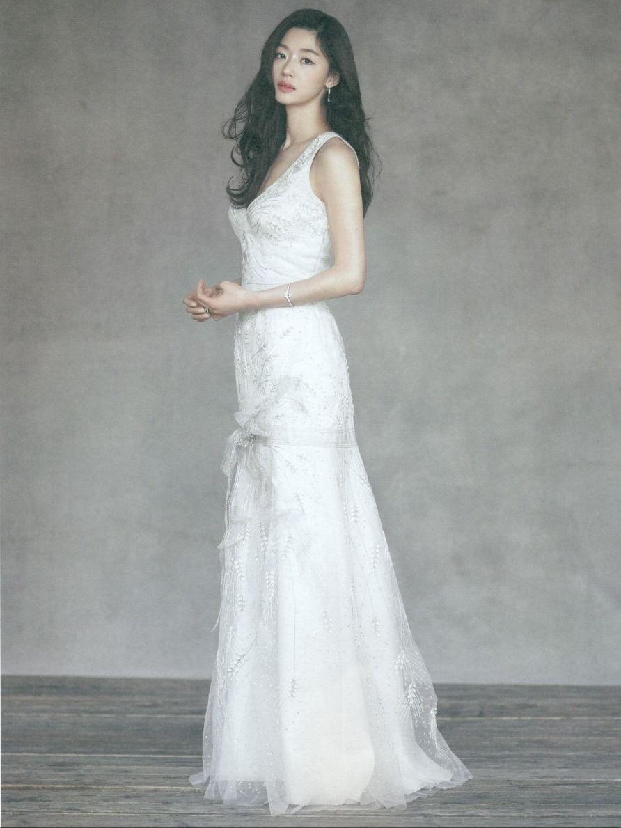 Ảnh cưới của mợ chảnh Jeon Ji Hyun gây sốt sau 6 năm: Huyền thoại nhan sắc đỉnh nhất Kbiz là đây! - Ảnh 4.