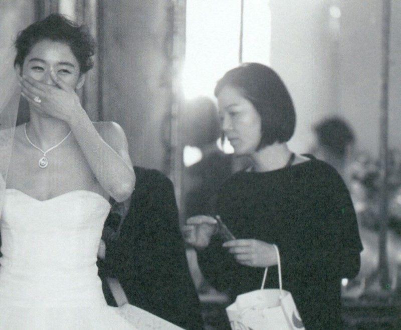 Ảnh cưới của mợ chảnh Jeon Ji Hyun gây sốt sau 6 năm: Huyền thoại nhan sắc đỉnh nhất Kbiz là đây! - Ảnh 8.