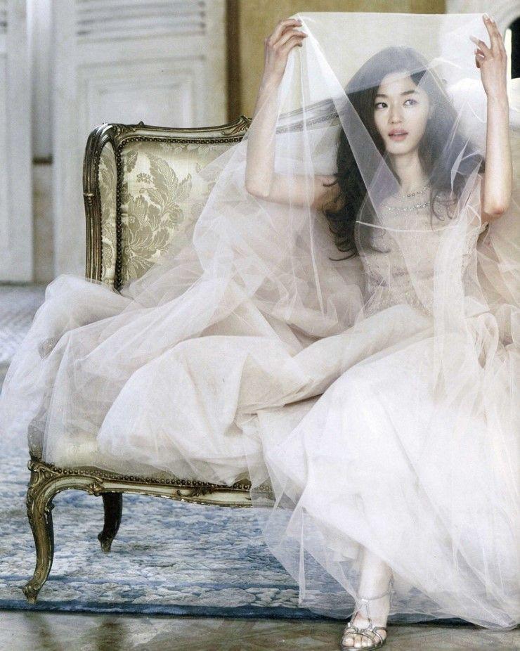 Ảnh cưới của mợ chảnh Jeon Ji Hyun gây sốt sau 6 năm: Huyền thoại nhan sắc đỉnh nhất Kbiz là đây! - Ảnh 3.