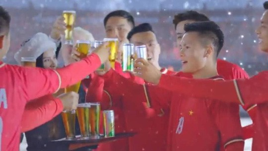 Nhìn lại những scandal đình đám của cầu thủ Việt trong năm 2018 - Ảnh 5.