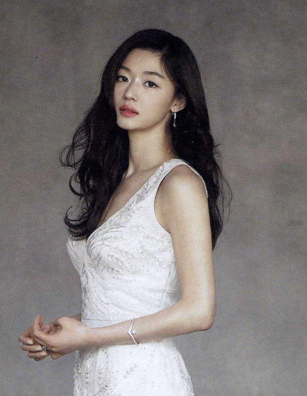 Ảnh cưới của mợ chảnh Jeon Ji Hyun gây sốt sau 6 năm: Huyền thoại nhan sắc đỉnh nhất Kbiz là đây! - Ảnh 5.